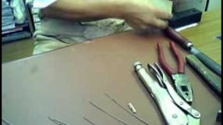 how to fabricate a broken key extractor.avi