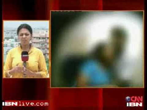 Hydrabad Engineering Student Cought in sleazy mms act