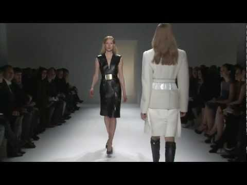 Calvin Klein Collection Women s Fall 2013 Runway Show