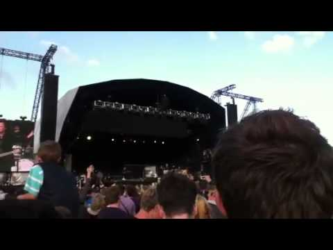 Sunny Afternoon- Ray Davies @ Hop Farm Festival 2012
