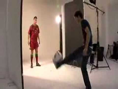 Cristiano Ronaldo vs. Billy Wingrove Video