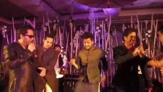 Mika Singh, Tushar Kapoor, Dino Moria & Ditesh Deshmukh dancing together