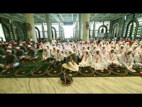 Video haji plus shafira 2017