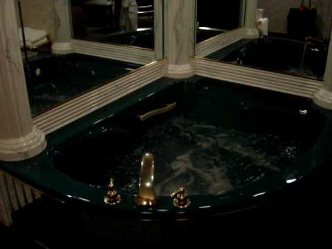 Garden Place Hotel Buffalo Ny Jacuzzi Room Dec 2008 Youtube
