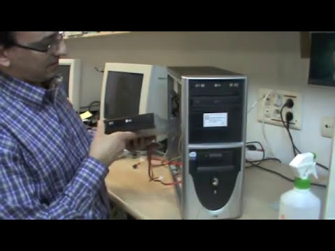 Cómo extraer un CD o DVD en un lector atascado