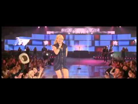 Watch Gwyneth Paltrow perform