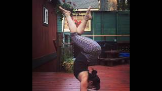 Woman Farts After Getting Out of Yoga Pose
