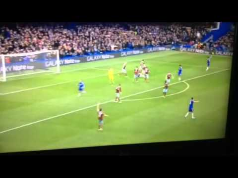 FIGHT: ANDY CARROLL VS IVANOVIC