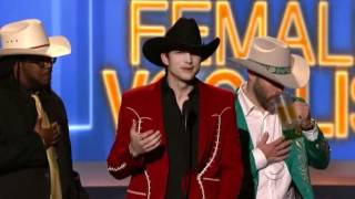 Download Lagu ashton kutcher at the academy of country music awards Gratis STAFABAND