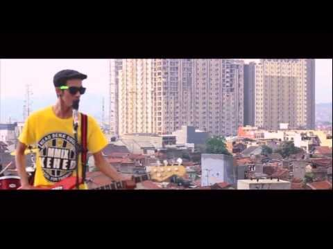 CRAZY AMANDA - NEGERI KU NEGERI KITA (OFFICIAL VIDEO) Music Videos
