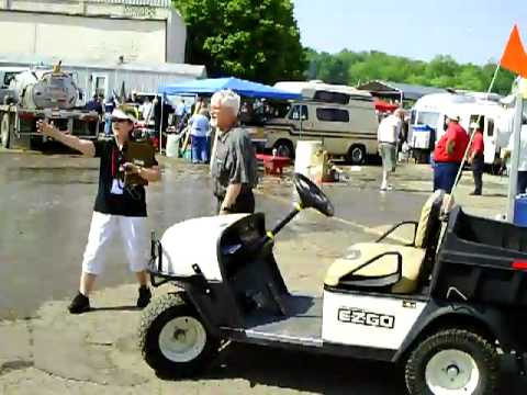 2011 Dayton Hamvention #14 - Poop explosion aftermath