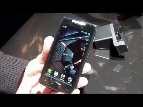 Motorola DROID RAZR demonstration