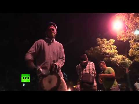 Sound protest  Fireworks vs pots banging in Venezuela over new president  Apr 17, 2013
