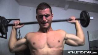 NICK GOMEZ Fitnessmodel POWER TRAINING
