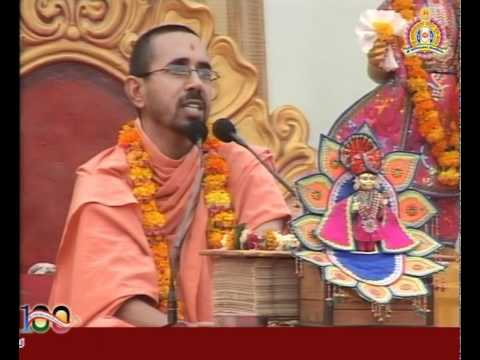 Bhuj RadhaKrishna Dev Mahotsav 2011   Katha Part 12 of 13