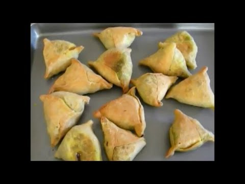 Baked Samosa with spinach and paneer filling - YouTube