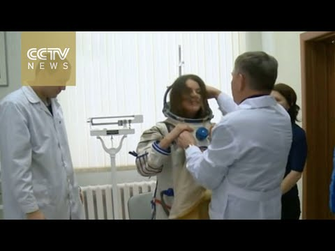 Sarah Brightman to perform in space on 10-day trip