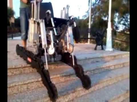 Silla de ruedas para subir y bajar escaleras de forma for Silla que se hace escalera