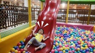 Indoor Playground for Kids ❤ Permainan anak kecil ❤ Dunia Anak Mandi bola di Depo Pelita