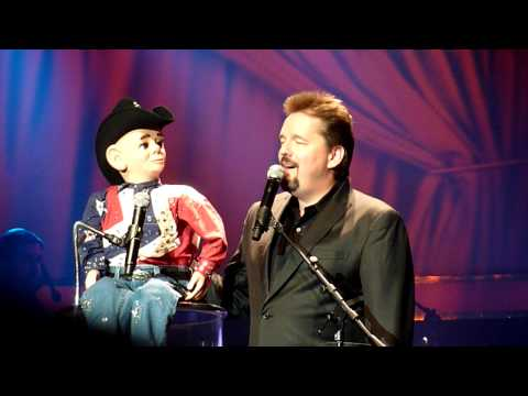 Terry Fator's Garth Brooks Impression - Las Vegas 2010