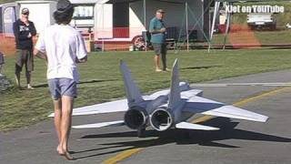 The world&#039;s largest Mig 25 RC Scale model airplane - the test flight