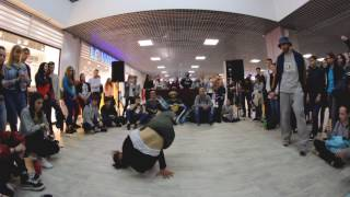 bboy SOFT vs. Shaman (DANCE BATTLE в ТРЦ Секрет 2017)