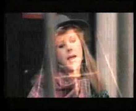 new england kirsty maccoll