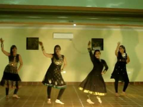DANCE PERFORMANCE ON DIL MERA MUFT KA SONG