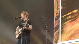 Ed Sheeran - Castle On The Hill - Accorhotel Arena