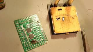 Desoldering and soldering SMD components with a minimum of equipment.