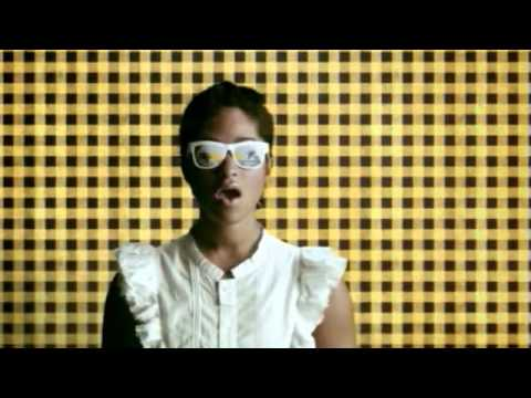 Santigold - Lights Out [cc]