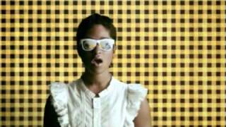 Watch Santigold Lights Out video