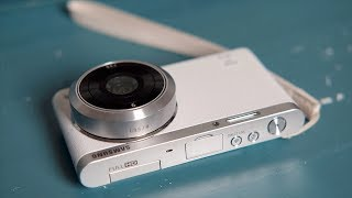 Cheap Camera Review - Smallest Mirrorless Ever - The Samsung NX Mini