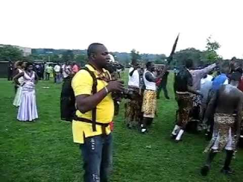 Bull de Boston-  (Dinka Bor Dance) Culture de Jieng 1 By Jok gutamuor.