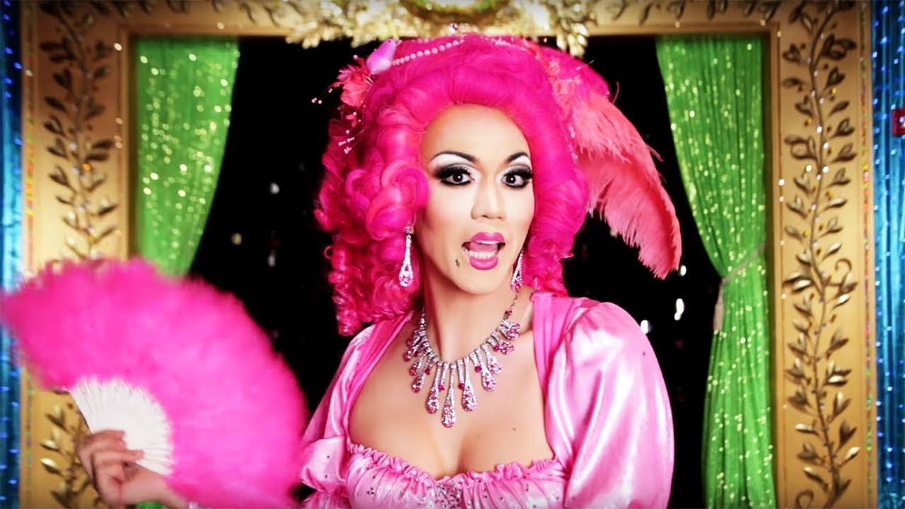 raja-drag-queen