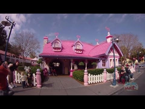 Minnie S House In Mickey S Toontown Fair At The Magic