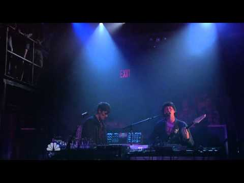 Panda Bear - You Can Count On Me Live (@Late Night with Jimmy Fallon)
