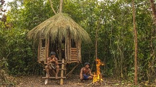 Primitive Technology: Building An Amazing Treehouse in Forest By Primitive Men Style