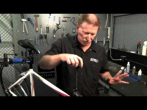 Installing a Threadless Stem from Performance Bicycle
