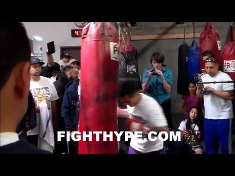 MARCOS MAIDANA BLASTS THE HEAVYBAG IN PREPARATION FOR FLOYD MAYWEATHER