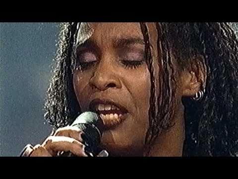 Lucretia van der Vloot & Metropole Orkest HD - Joodse vrouw 31-12-99
