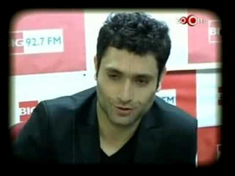 Shiney Ahuja loves Controversies Video