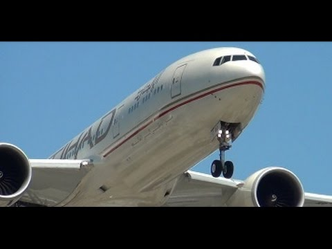BUSINESS CLASS Ultra Long Haul Experience Etihad Airways Los Angeles to Abu Dhabi PART 1/2