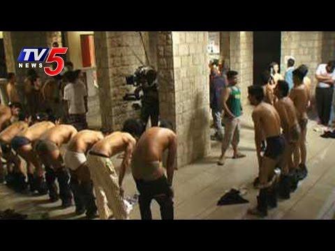 Ragging in SV University | Seniors Orders Juniors To Salute In Half Nude : TV5 News thumbnail