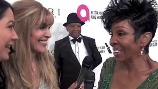 Gladys Knight sings together with our TV reporters at  Oscar Party !