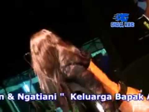 Reny Farida Tutupe Wirang denata Live Talonori Yosowilangun. video