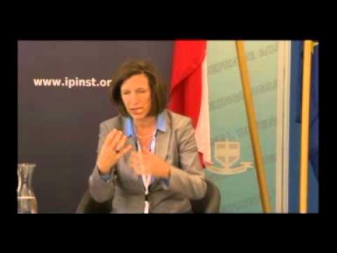 2014 Vienna Seminar: Viral Revolutions, Open Governance