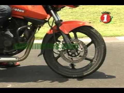 Como frenar una motocicleta - Tecnicas de conducción en una moto video.flv