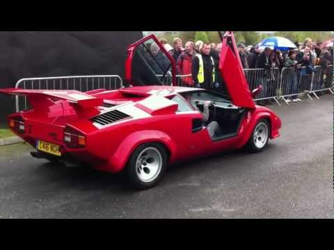 Lamborghini and Ferrari grid lock at Auto Italia 2012 – Brooklands