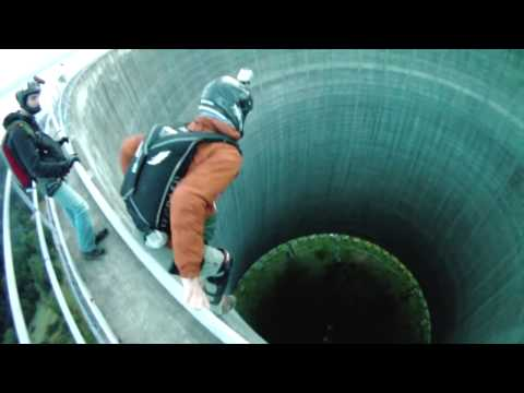 Самые невероятные прыжки с высоты #1